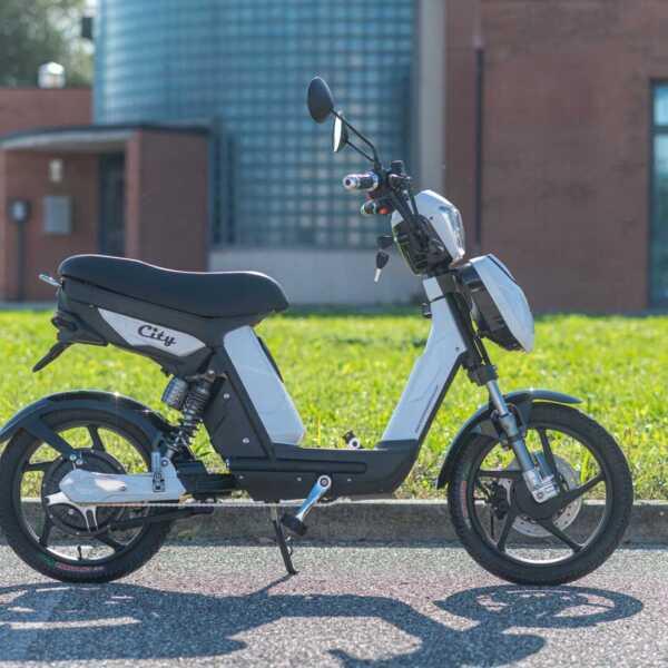 city – bianco – wy biciclette elettriche-4192